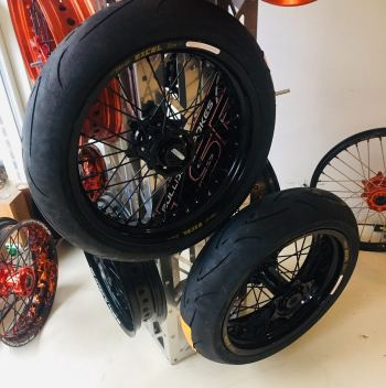 Supermoto wheelset KTM black Excel with Conti sm attack tyres