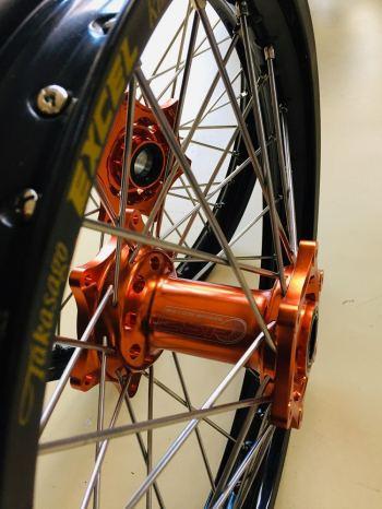 Cross wielen voor KTM oranje LSP naaf met Excel velg