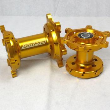 Suzuki naven goudkleurig voor de RM RMZ DRZ modellen