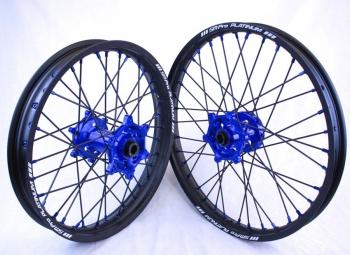 SMPro-platinum crossvelgen blauwe naaf met zwarte spaken