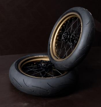 SMpro wielset Cerakote burned bronze met cushdrive